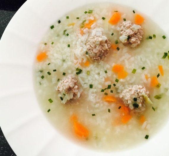 Vištienos kukuliukų sriuba su ryžiais