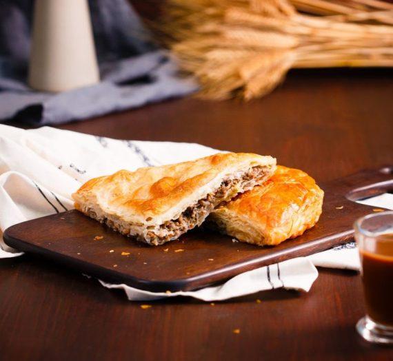 Graikiškas mėsos pyragas