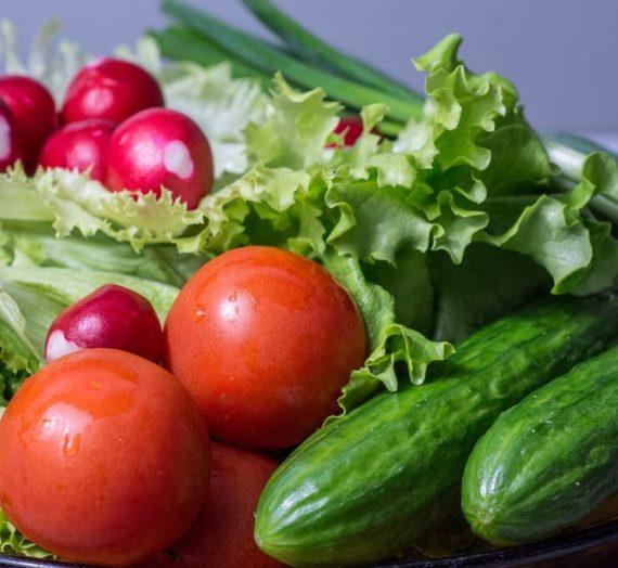 Naminis salotų užpilas