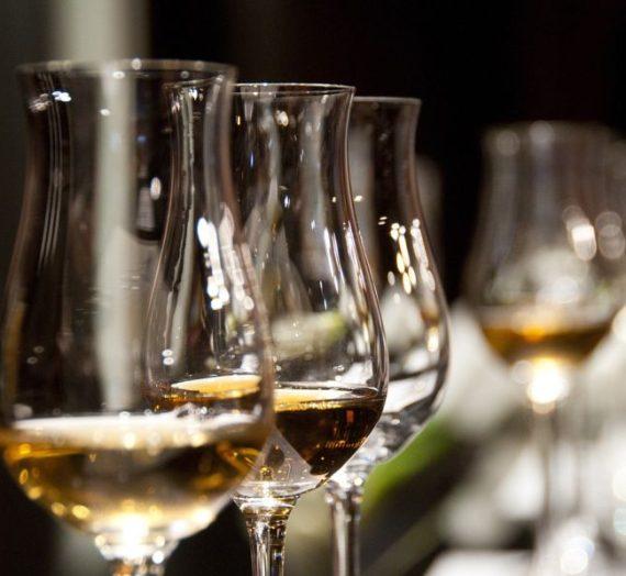Kaip išsirinkti vyną?