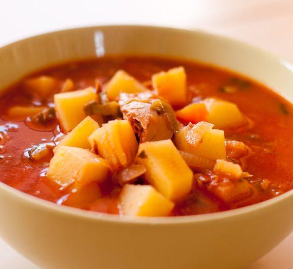 Bulvių ir tuno sriuba