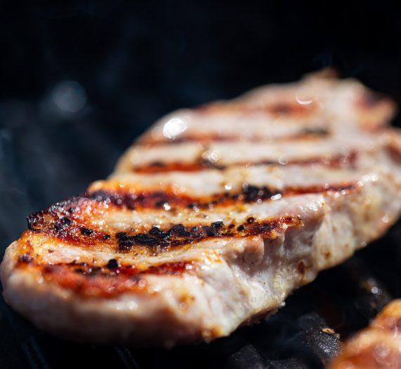Kiaulienos steikai